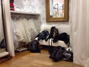Mariée en robe de princesse OUI et motarde TOUJOURS !